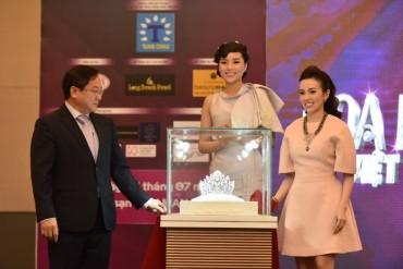 Vương miện Hoa hậu Việt Nam 2016 trị giá 2,2 tỷ đồng