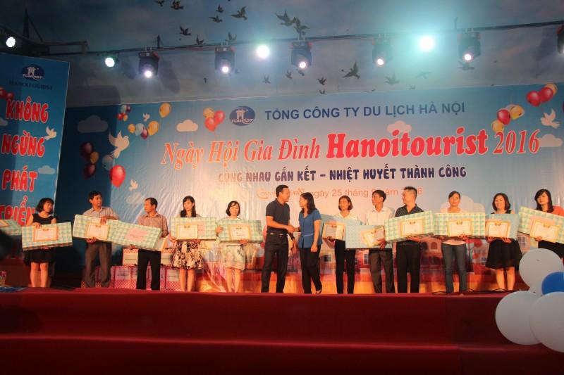 Tưng bừng Ngày hội Gia đình Hanoitourist 2016