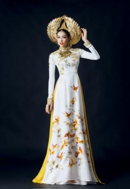 Cận cảnh trang phục dân tộc của Phạm Hương tại Miss Universe