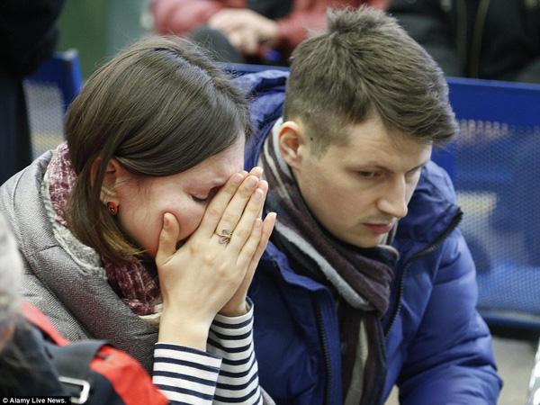 Chùm ảnh xé lòng về thảm kịch máy bay Dubai rơi tại Nga - Ảnh 8.