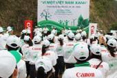 """Ra quân trồng rừng """"Vì Một Việt Nam Xanh"""""""