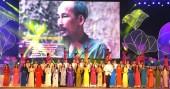 Khai mạc Lễ hội Làng Sen năm 2015