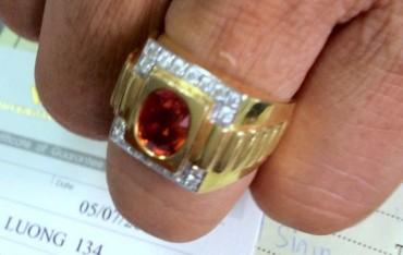 Du lịch Thái Lan mua nhẫn quý, mua bực vào người!