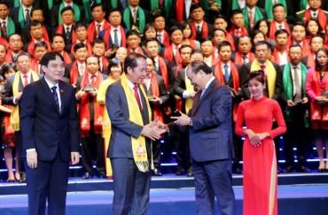 Tập đoàn Hoa Sen được vinh danh Top 10 Thương hiệu Việt Nam