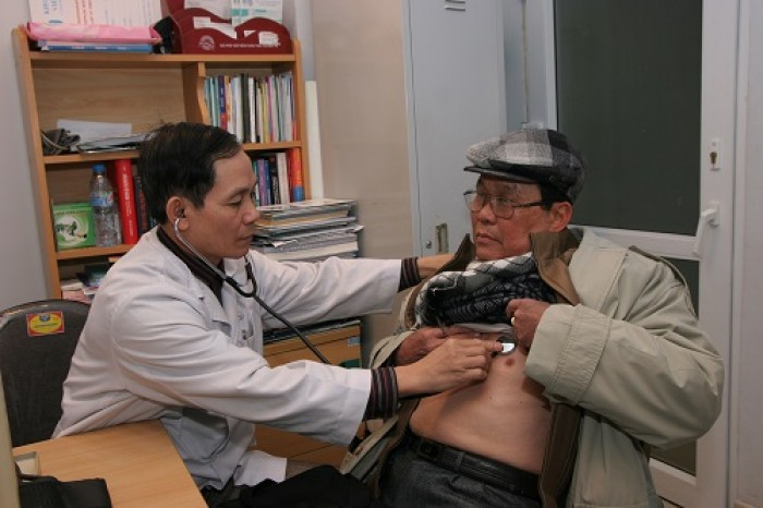 Giúp người cao tuổi có trái tim khỏe