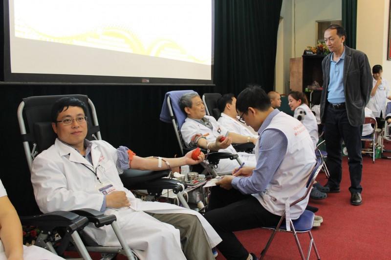 Bệnh viện E: Thu được 164 đơn vị ngay trong ngày hội hiến máu