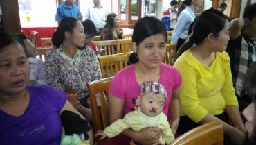 Phẫu thuật từ thiện dị tật vùng mặt cho trẻ em có hoàn cảnh khó khăn