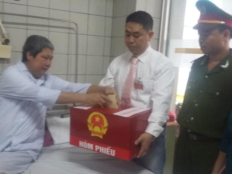 Bệnh viện Bạch Mai: Dù có 1 bệnh nhân cũng tổ chức bầu cử