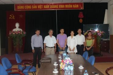 Công đoàn Ngành Y tế Hà Nội: Thăm và tặng quà Bà mẹ VNAH