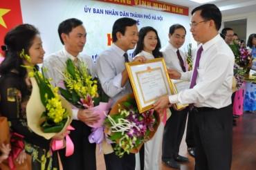 Ngành y tế Hà Nội khen thưởng cá nhân 'Người tốt, việc tốt'