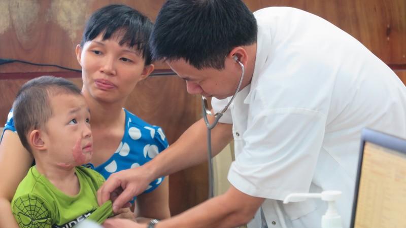 Phẫu thuật miễn phí cho gần 20 trường hợp dị tật hở hàm ếch