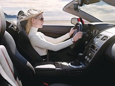 Bí quyết giúp chị em phụ nữ lái xe an toàn