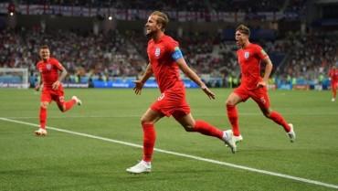 Lập cú đúp, Harry Kane trở thành người hùng của tuyển Anh