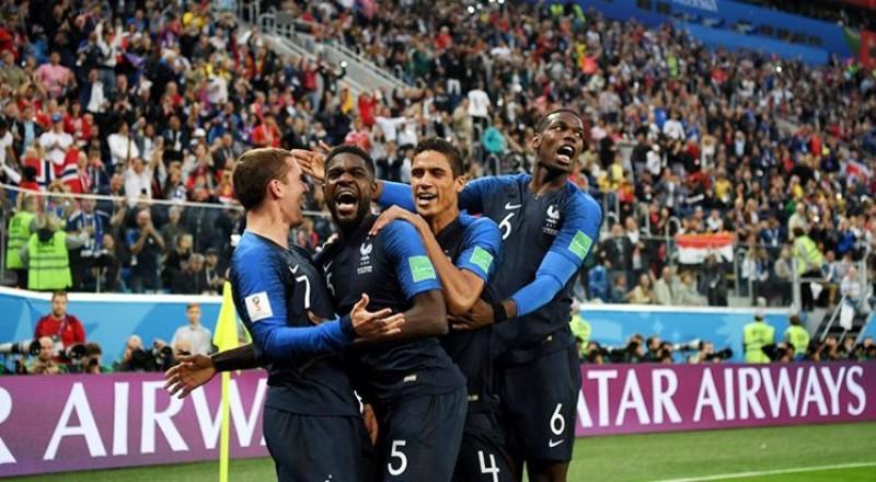"""Umtiti trở thành """"người hùng"""", Pháp xuất sắc đoạt vé vào chung kết World Cup"""