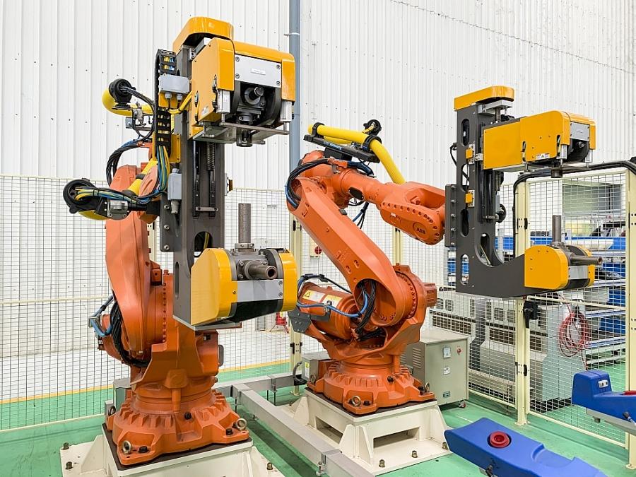 0030 6 robot yyc ly cym biyn cyn xe
