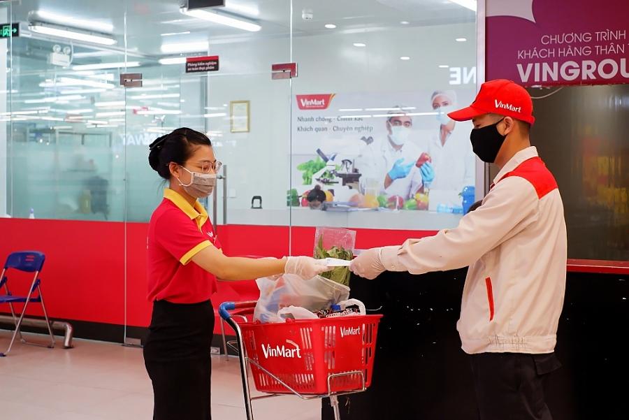 """Hơn 100.000 khách hàng của VinMart/VinMart+ đã được tặng bảo hiểm """"Khỏe mạnh trong mùa dịch"""""""