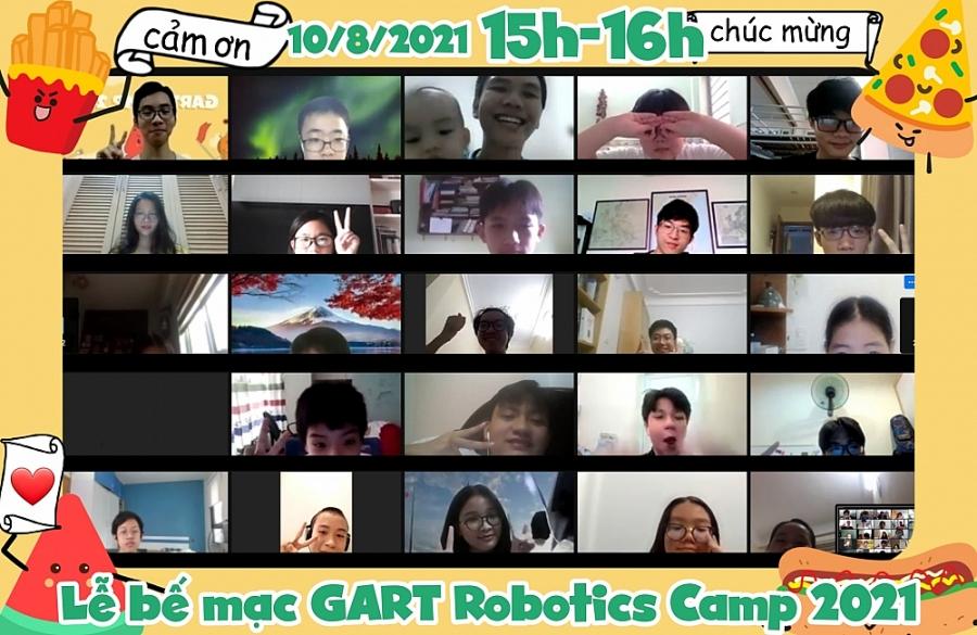Lễ bế mạc GART Robotics Camp 2021 diễn ra với sự có mặt đầy đủ của các trại viên cùng các thành viên Ban tổ chức.