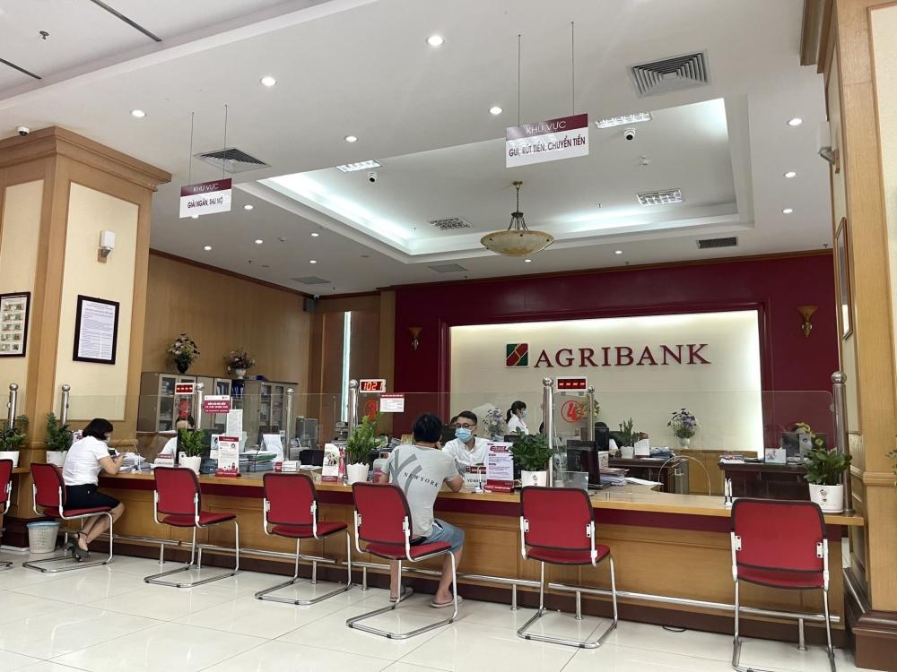 """Agribank giảm lãi vay kịp thời, hỗ trợ khách hàng """"vượt"""" đại dịch Covid-19"""