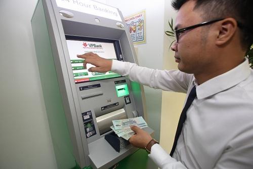 Máy gửi tiền tự động (CDM) VPBank và những câu chuyện chưa kể