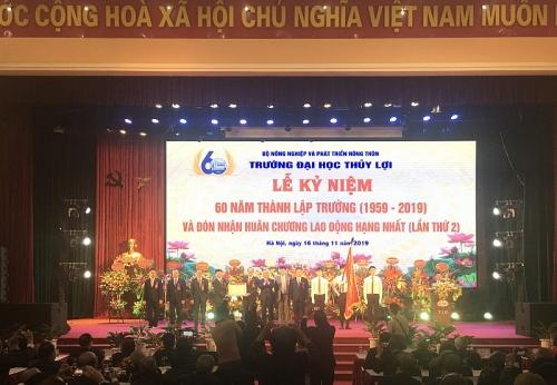 dai hoc thuy loi ky niem 60 nam thanh lap va vinh du don nhan huan chuong lao dong hang nhat lan 2