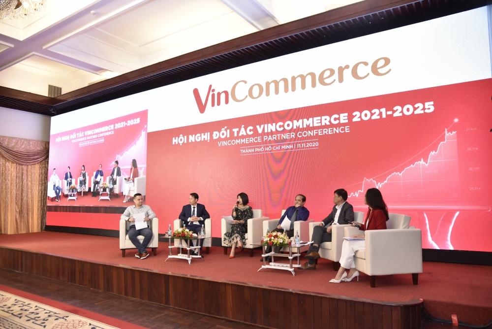Vinmart & Vinmart + cùng các đối tác dẫn dắt thị trường bán lẻ Việt Nam năm 2021 - 2025