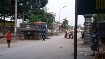 Va chạm với xe tải một nam học sinh tử vong tại chỗ