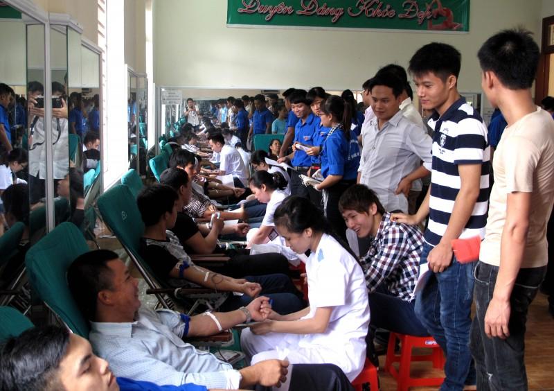 Vượt chỉ tiêu người tham gia hiến máu