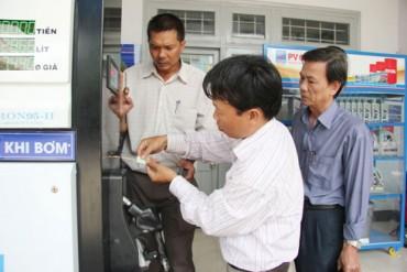 Hà Nội: Gần 100% cây xăng đã được dán tem đồng hồ tổng
