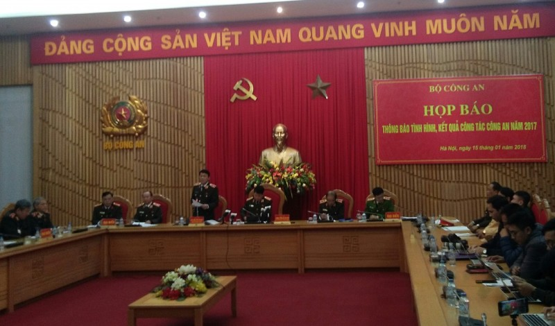 khong de toi pham long hanh 67477