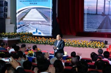 Thủ tướng Nguyễn Xuân Phúc dự Hội nghị chuyên đề về xúc tiến đầu tư tại Bạc Liêu