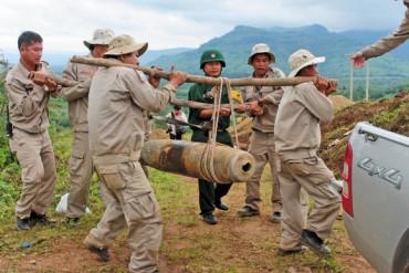 Nỗ lực khắc phục hậu quả bom mìn