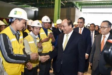 Thủ tướng thăm và làm việc với Ban quản lý Khu công nghệ cao Hòa Lạc