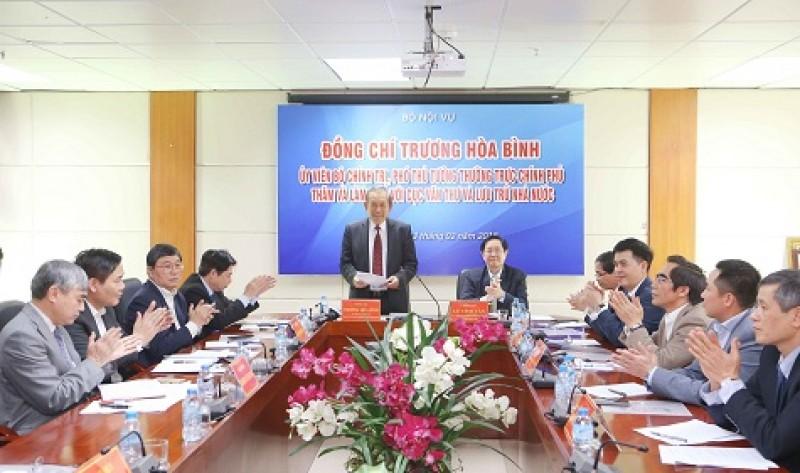 Phó Thủ tướng Thường trực Chính phủ làm việc với Cục Văn thư và Lưu trữ Nhà nước