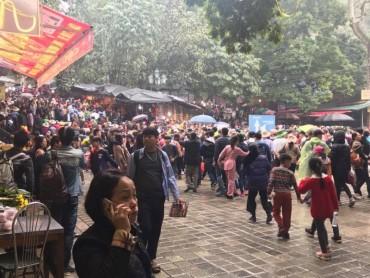 Nhiều đổi mới tại lễ hội chùa Hương 2018