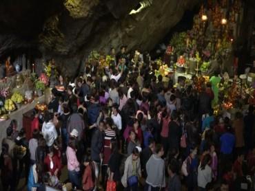 Không còn tình trạng ép giá tại chùa Hương