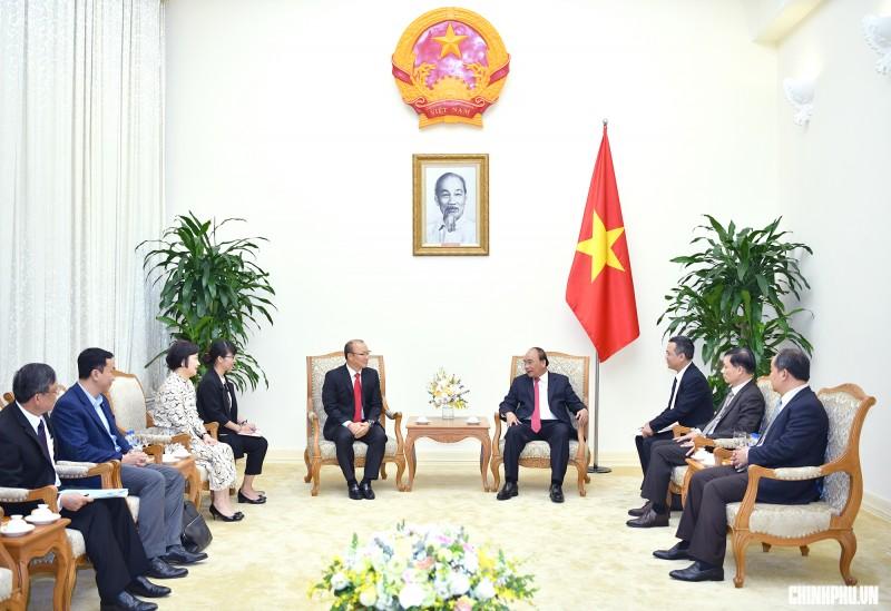 Thủ tướng Nguyễn Xuân Phúc tiếp ông Park Hang-seo