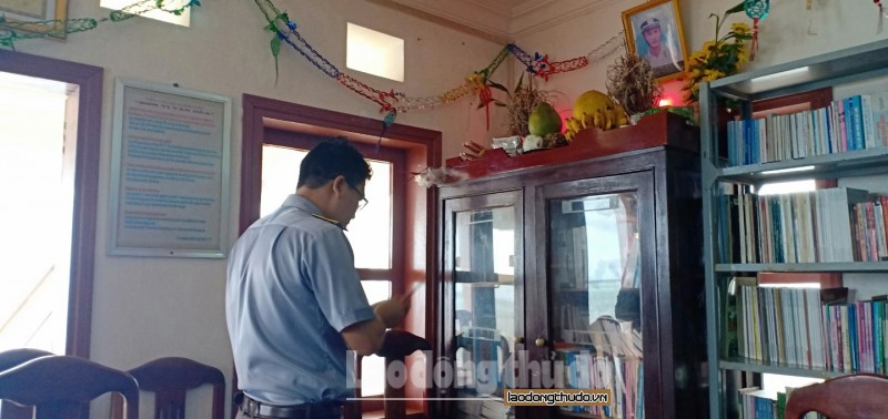 tham tinh dong doi tren dao thuyen chai