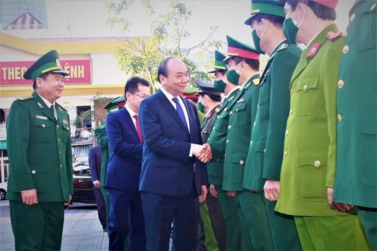 Lực lượng vũ trang Đà Nẵng lá chắn vững chắc trên mặt trận phòng, chống dịch