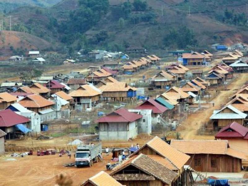Ổn định dân cư, phát triển kinh tế xã hội vùng tái định cư thủy điện Sơn La