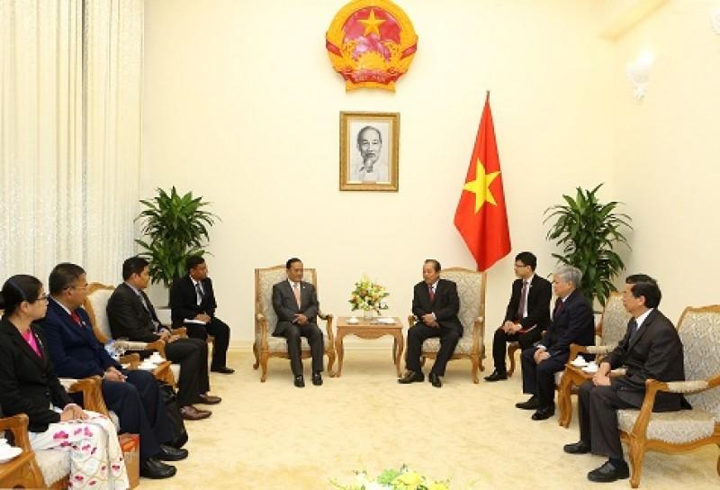 Phó Thủ tướng Trương Hòa Bình tiếp Bộ trưởng Bộ Các vấn đề biên giới Myanmar