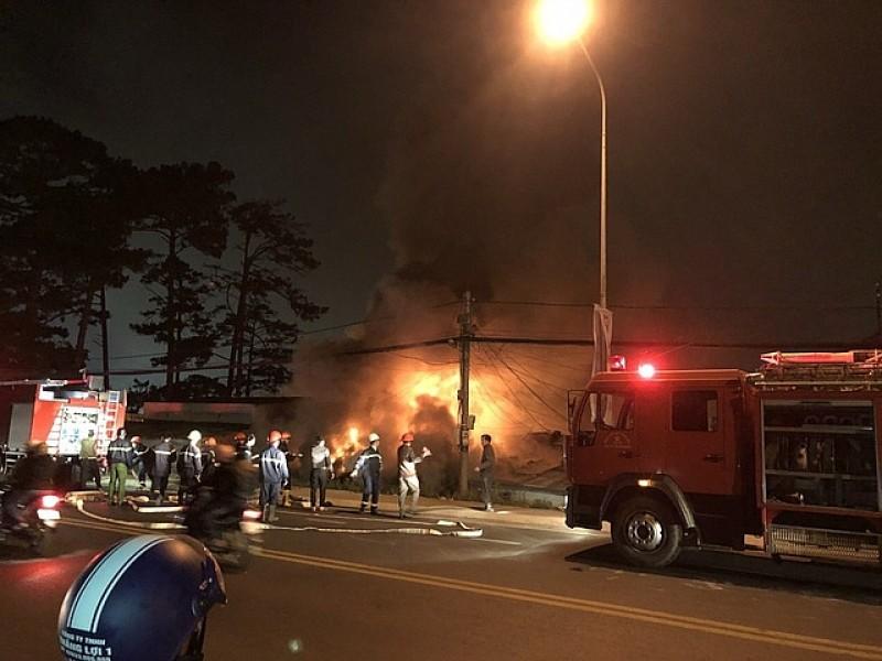 Khẩn trương điều tra nguyên nhân vụ cháy, nổ Khu biệt thự cổ ở Đà Lạt