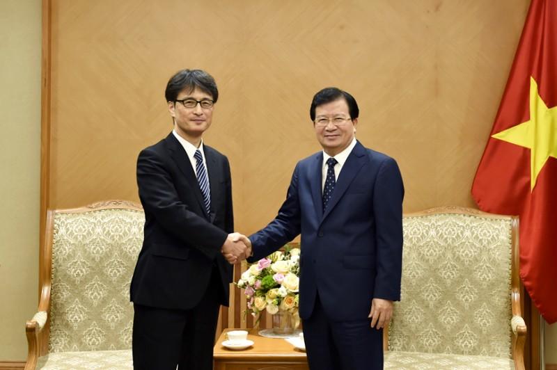 Phó Thủ tướng Trịnh Đình Dũng tiếp khách quốc tế