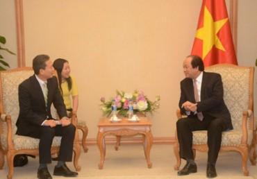 Bộ trưởng, Chủ nhiệm Văn phòng Chính phủ tiếp Giám đốc Công ty TNHH Canon Việt Nam