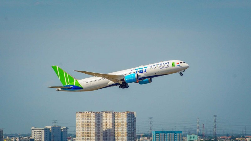 Bamboo Airways tạm dừng bay thuê chuyến chở khách về từ nước ngoài trong 2 tuần cao điểm phòng chống COVID-19