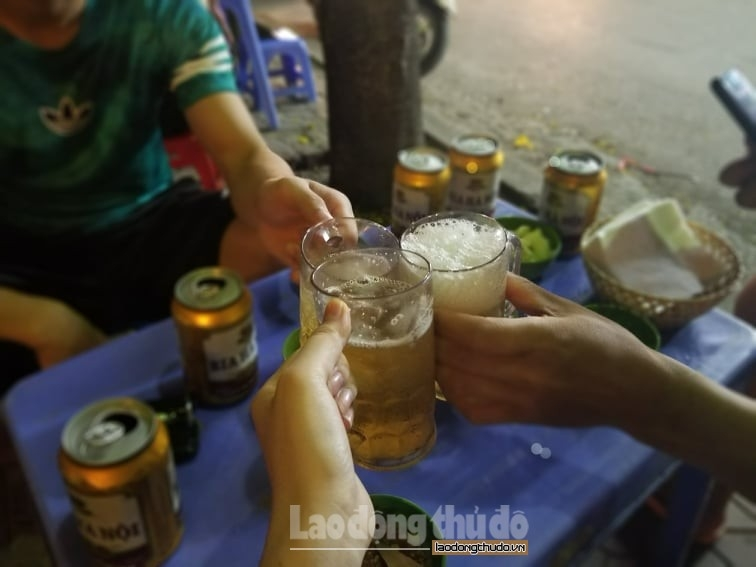 9 địa điểm không được phép uống rượu, bia