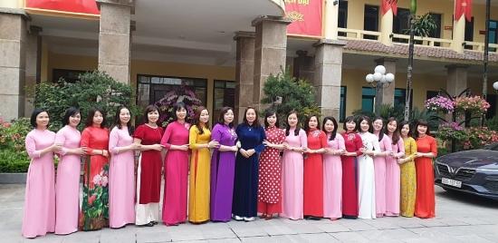 Nhiều hoạt động hướng về nữ công nhân viên chức lao động
