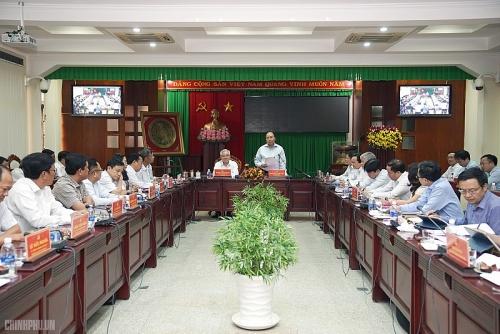 Thủ tướng Nguyễn Xuân Phúc: Sóc Trăng cần quan tâm công tác dân tộc, quản lý xã hội