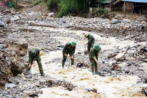 Thủ tướng chỉ đạo tập trung ứng phó, khắc phục hậu quả dông lốc, mưa đá