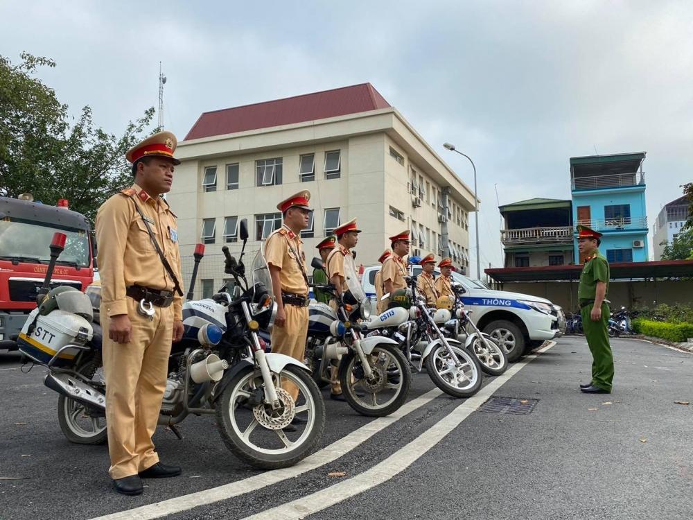 Công an thành phố Hà Nội ra quân đảm bảo trật tự an toàn giao thông