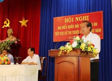 Phó Thủ tướng Trương Hòa Bình tiếp xúc cử tri